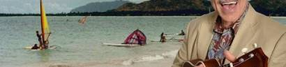 Erst Regensburger Domspatz, dann Partys, Marihuana und schöne Frauen – ein Surfer sucht sein Glück auf Hawaii.