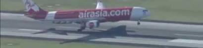 """Robert Lempke: """"Im Flugzeug gibt es während starker Turbulenzen keine Atheisten""""."""
