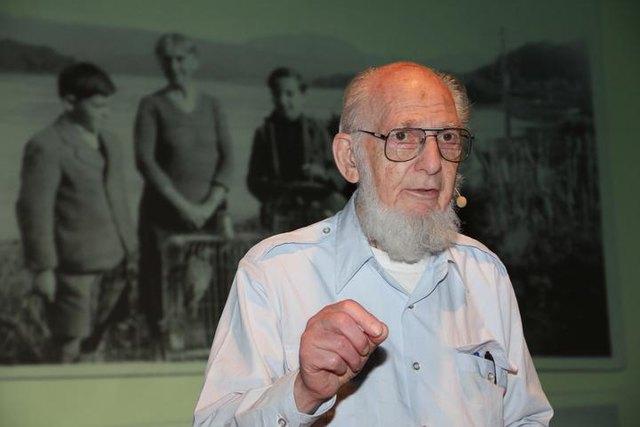 """TOM GRAUMANN,  """"Überlebender des Holocaust"""", ist am 27.04.2020 zum seinem Herrn heim gegangen."""
