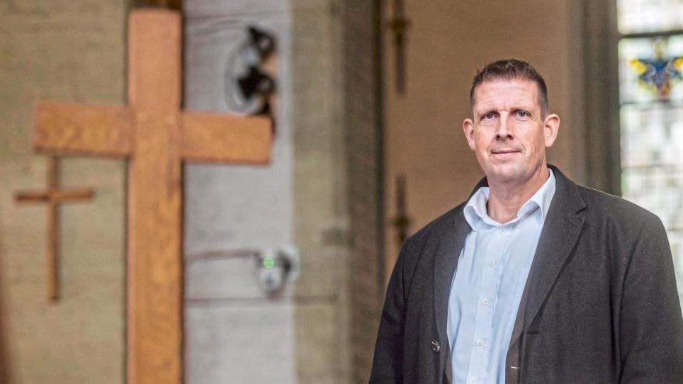 """""""Bild"""" hetzt weiter gegen Latzel: Druck auf umstrittenen Bremer Pastor Olaf Latzel steigt."""
