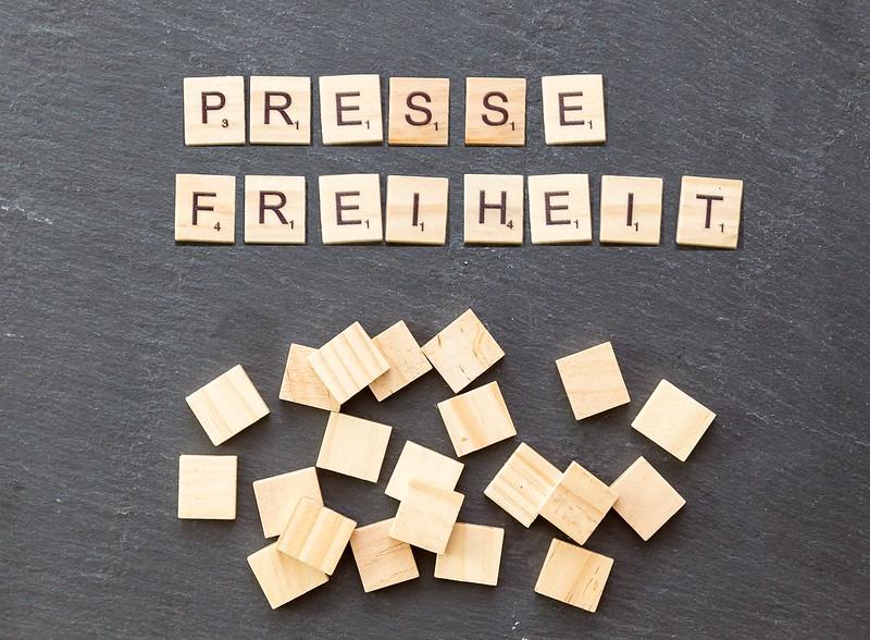 Heute ist der Welttag der Pressefreiheit. Die ganze Welt wird jetzt  ein einziger Krisenherd.